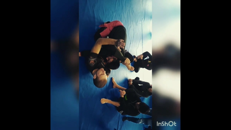 Invisible collar choke from rubber guard