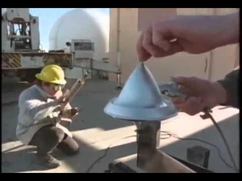 Laser beam powered propulsion spacecraft (Lightcraft)
