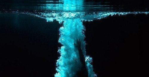 В воду храни любовь цени свободу