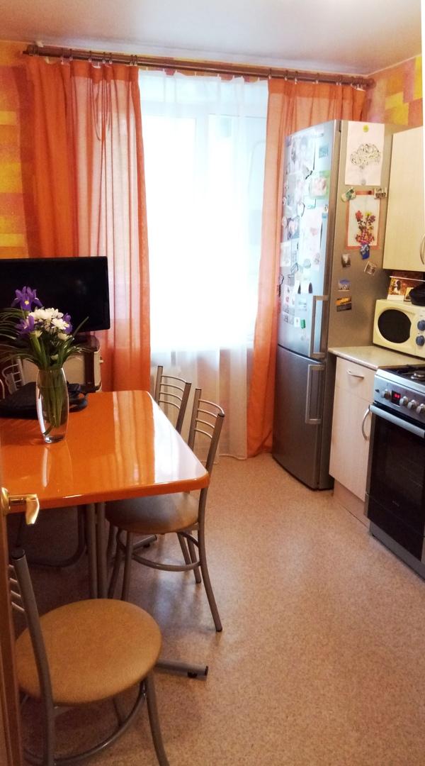 Однушка с большой кухней, кирпичный дом OrvaNVGY6Os