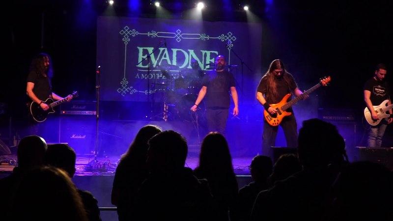 Evadne - Colossal (Live @ Dark Sessions)
