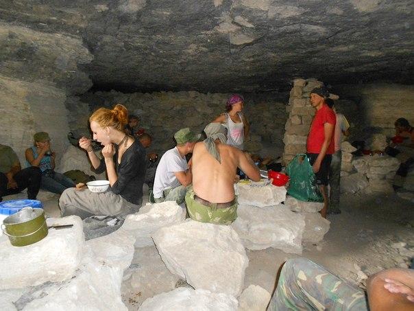 Военно-археологическая экспедиция - Аджимушкай-2013 0UD_GSe0q9E