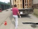 Челябинские таможенники раздавили 20 тонн нелегальных яблок.