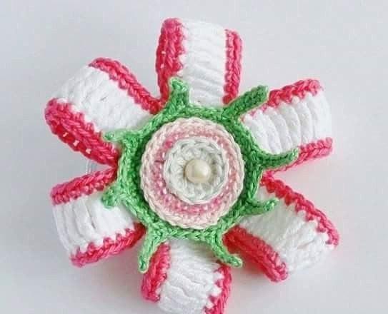 Вязание крючком цветов для резинок 76