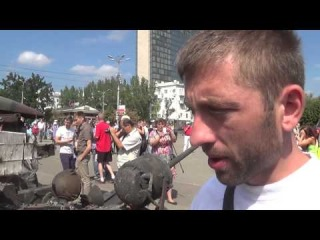 Уничтоженная техника карателей на выставке. Дмитрий Гау. 24.08.2014