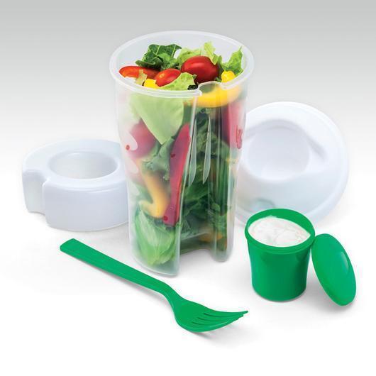 Удобный контейнер для салатовВ комплект идет вилка и чаша для соуса или масла в крышке