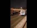 Dodge Ram тянет в горку, по льду бензовоз 40 т.
