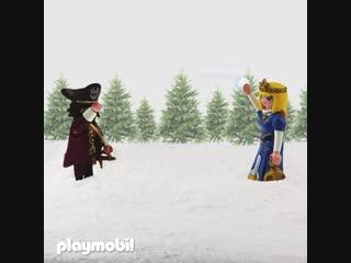 Играем в снежки с Playmobil