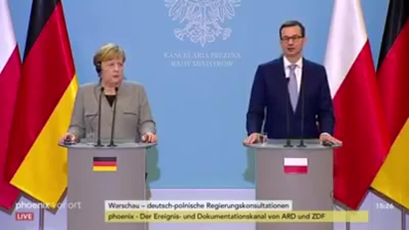 Die Diktatorin Hört genau hin Bei Minute 0 47 sagt sie AUSTAUSCH DEUTSCHE raus Migranten rein