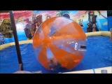 JEDWARD - John having fun with a hamster ball on water - Frankfurt Funfair, Germany 09092017