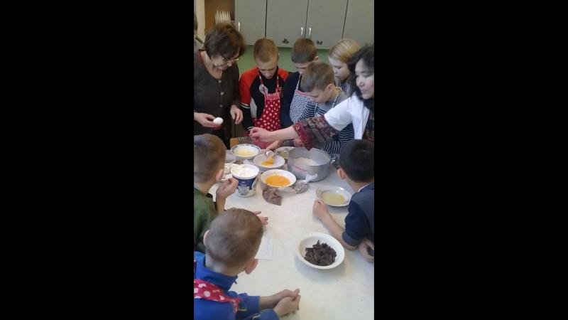 Урок профориентации Добра, Любви и Гармонии😁 Изготовление торта в детдоме с детьми. ангелподорожник😇 профориентация урокдоб