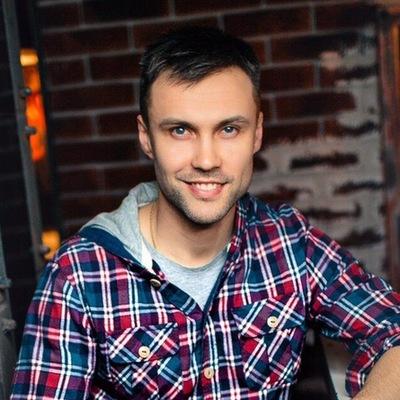 Антон Павлюченков