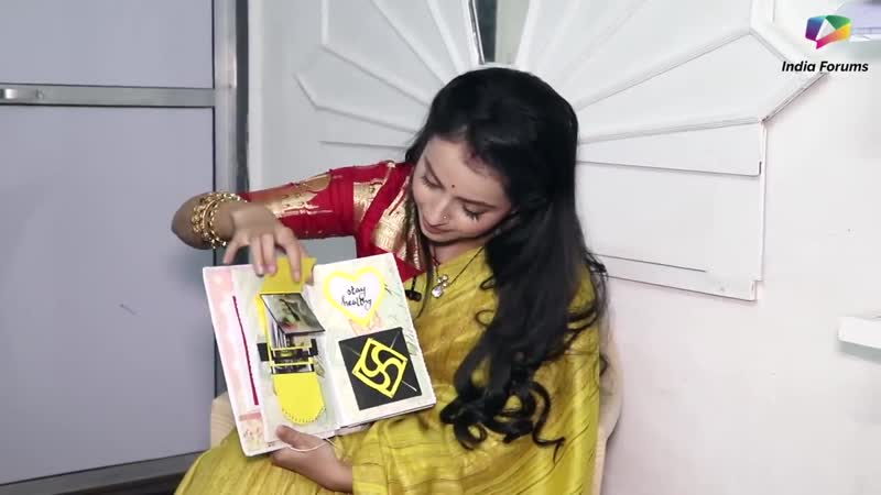 Shrenu Parikh Receives Gifts From Her Fans