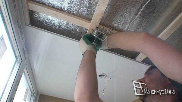 Своими руками обшить комнату пластиковыми панелями