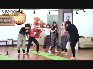 Why did (g)-idle belly dance during a yoga class [suspicious yoga class]