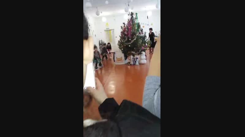 Новый год в садике танец папуасы