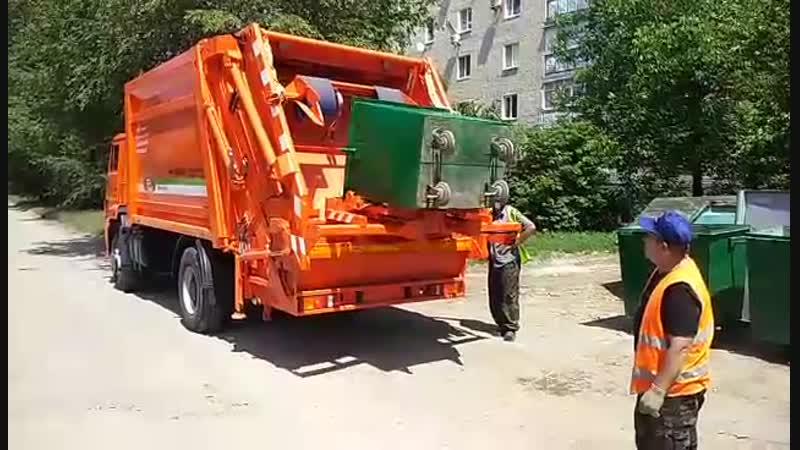 мусоровоз контейнер 1 1куб м