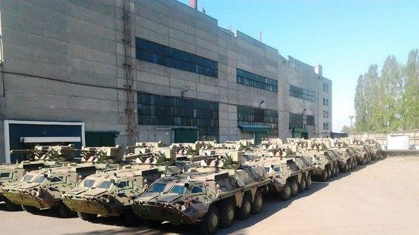 Александр Лукашевич рассказал о пропаже с украинских складов 180 единиц военной техники за месяц