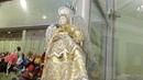 4.Andrej Bukreev. Ожившие фигурки в пирамидке. В зеркале. Фойе. Куклы персонажи. В ожидании балета Лебединое озеро на сцене РАМТ в исолнении артист...