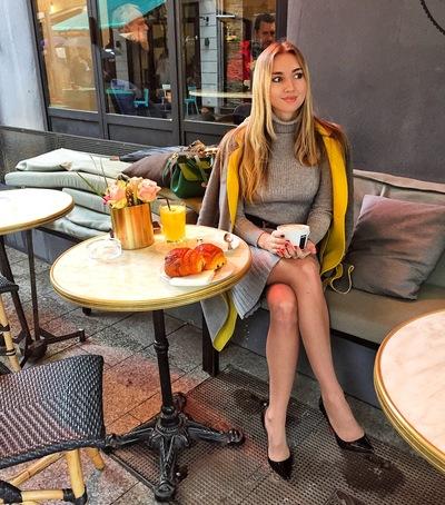 Анна Ларькова