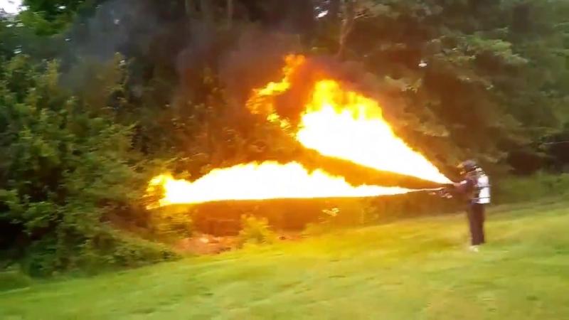 Огнемет X15 в действии