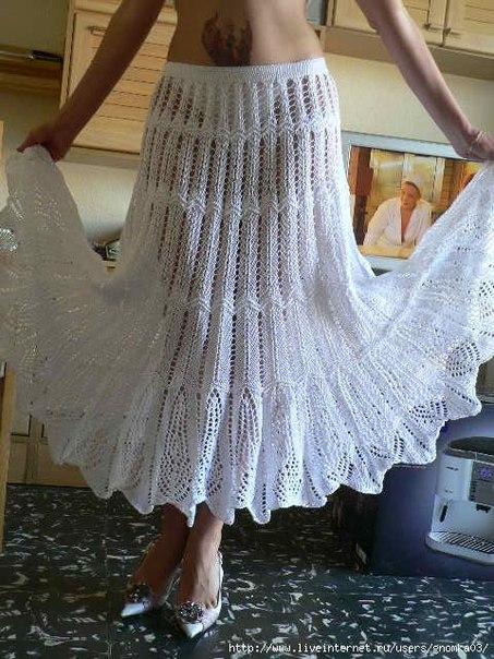 Белая юбка спицами (2 фото) - картинка