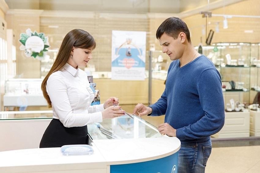 В Коломне теперь можно получить покупки с «Авито» в розничной сети «Ростелекома»