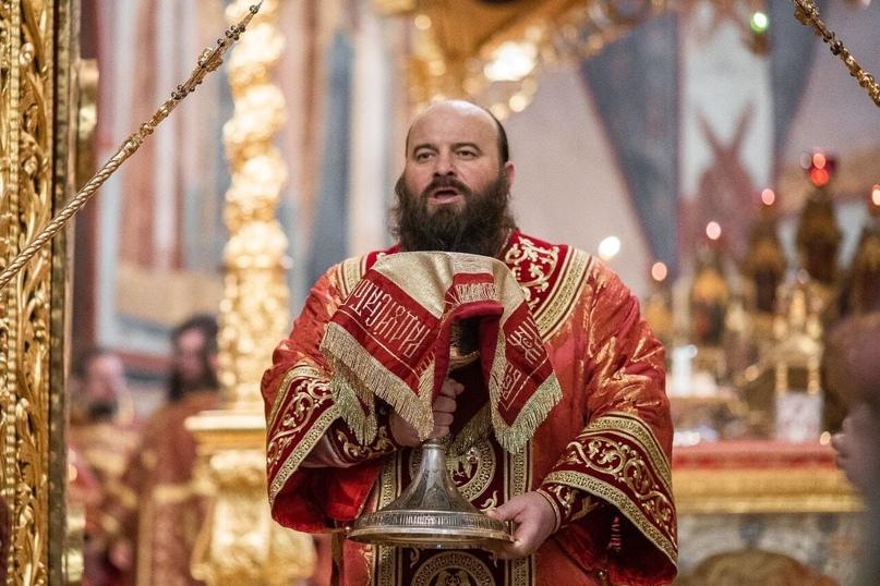 Знаете ли вы, что церковный потир (от греч. ποτήρ – потир, ποτήριον – чаша) – эт...