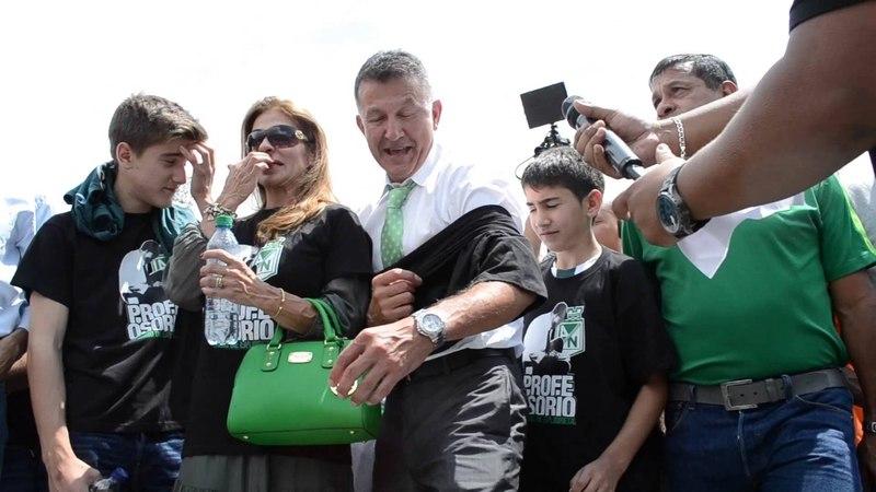 Despedida del Profe Osorio por la barra Los Del Sur, mayo 28 del 2015.