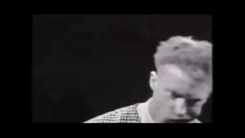 01_The Trashmen - Surfin Bird - Bird is the Word 1963 (RE-MASTERED) (ALT End Video) (OFFICIAL VIDEO)
