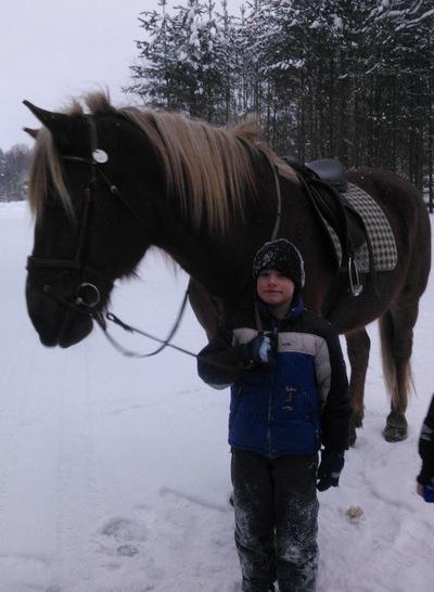 Денис Жучков, 20 февраля 1998, Сыктывкар, id201735847