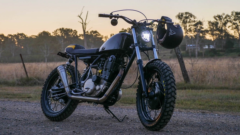 Purpose Built Moto: скрэмблер Yamaha SR400