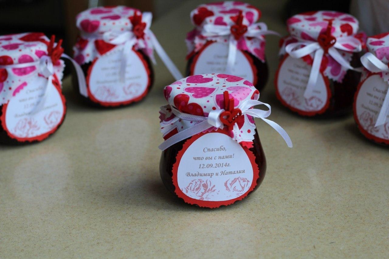 Подарочки для гостей своими руками