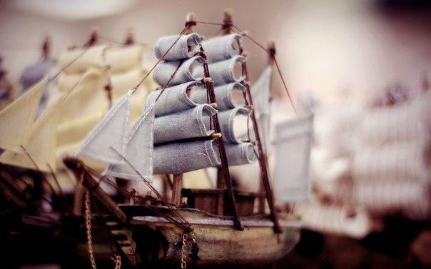 Если ты хочешь построить корабль — не надо созывать людей, планировать