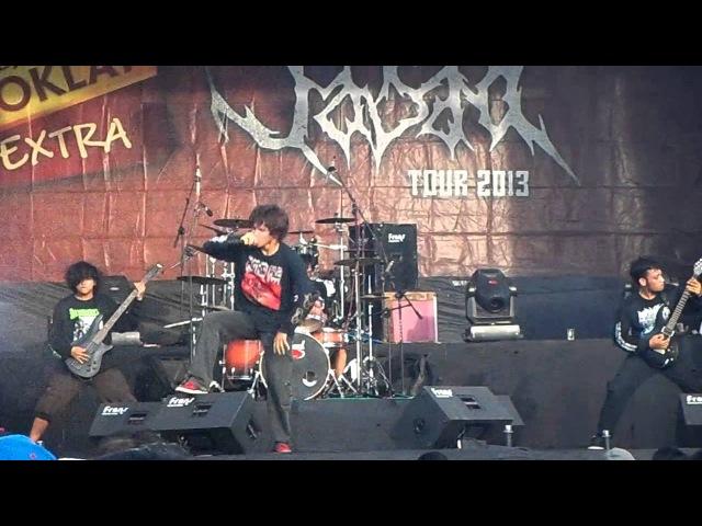 APOPTOSIS GUTRECTOMY live @ BHINEKA TUNGGAL IKA JASAD TOUR 2013 (karawang)