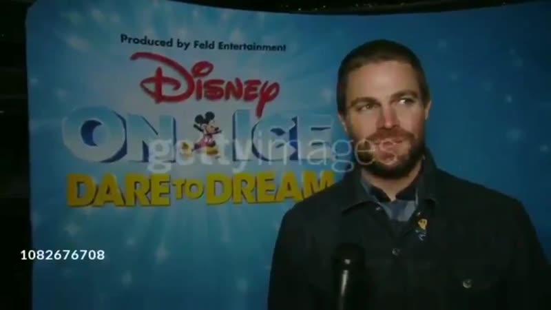 Stephen Amell at Disney On Ice presents Dare To Dream Celebrity Skating Party