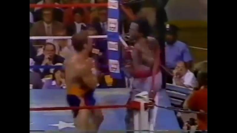 Джерри Кутзее vs Майкл Доукс (полный бой) [23.09.1983]