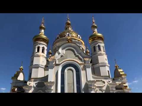 Архиерейское богослужение в соборном храме благоверных Петра и Февронии