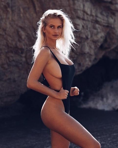 Go to Video sex tante jablay masturbasi