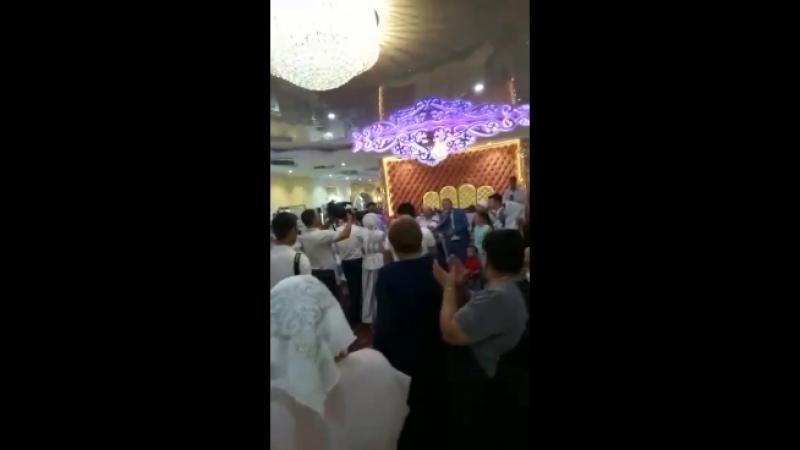 Алматыдағы ата-апамның 40жылдық күміс тойы