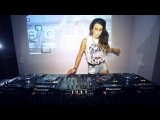 Juicy M - Mixing on 4 CDJs vol.2 ///  Best Dj Lady i have ever seen and she playing on 4 decks at the same time! Amazing :-)