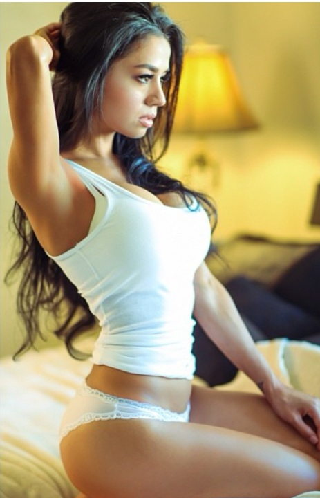 Chick Girl Seduced by Masseur
