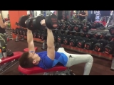 Тренировка грудных мышц и трицепса