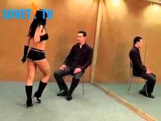 видео как танцевать приват танец