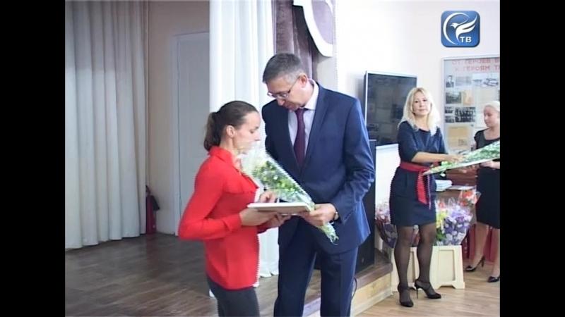 Лучших работников Сухонского КБК наградил заместитель Губернатора Михаил Глазков