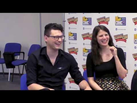 Интервью с Брайаном Декартом и Амелией Роуз Блэр на Comic Con SPb 2019 [Detroit Become Human] (RU SUB)