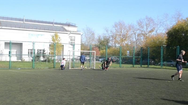 Кукурузник -Уголек 25 гол забил Александр Безкровный
