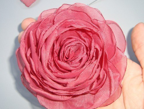 Роза из органзы. МК.