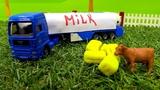 Helfer Autos Deutsch. Auf dem Bauernhof. Spielzeugvideo für Kinder.