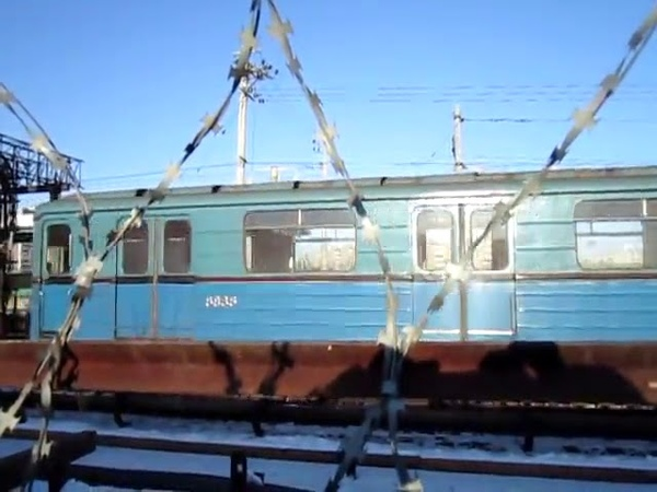 Электропоезд ЕЖ-3/ЕМ-508Т оборачивается на станции Выхино